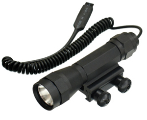 UTG Tactical Flashlight w/ Integral Mount